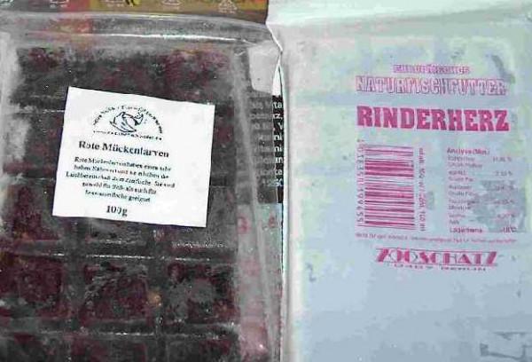100 Tafeln gefrostete Rote Mückenlarven a' 100g